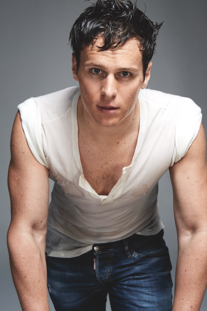 jonathan groff - photo #4