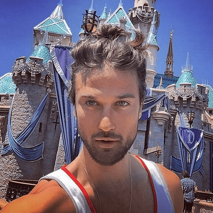Man Buns Have Officially Taken Over Disneyland Photos