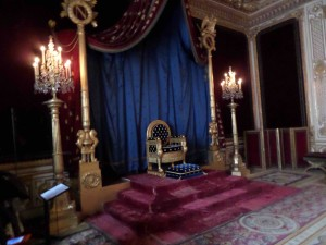 Fountainebleau, a convenient day trip from Paris in Towleroad and in ManAboutWorld gay travel magazine