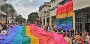 Parade-Flag-LaConcha-620x303