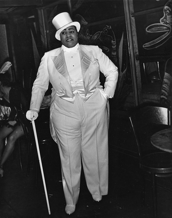 Gladys Bentley at the Ubangi Club in Harlem, photo by Sterling Paige. Courtesy of the Visual Studies Workshop, Rochester, NY