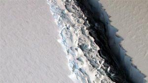 iceberg antarctica