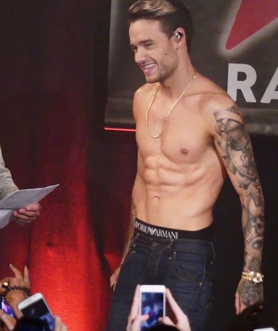 Liam Payne shirtless