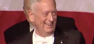 Former Defense Sec'y James Mattis Mocks Trump's Bone Spurs, Says He's Honored to be Called 'the World's Most Overrated General' — WATCH