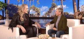Ellen Talks to Beauty Guru NikkieTutorials About Blackmail That Led to Her Coming Out: WATCH