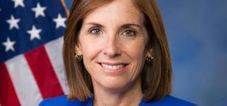 Arizona GOP Sen. Martha McSally Lashes Out at CNN Reporter: 'You're a Liberal Hack': VIDEO
