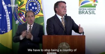 Jair Bolsonaro sissies