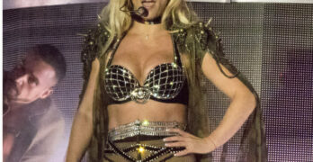 britney spears topless photos