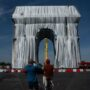 Artist Christo's Ultimate Dream Fulfilled As Arc de Triomphe Wrapped in Fabric