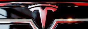 Tesla pulls its new Full Self-Driving beta due to software 'issues'